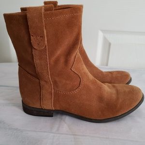 Vince Camuto Leather Ankle Boots Size 7